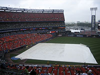 rain delay at Shea
